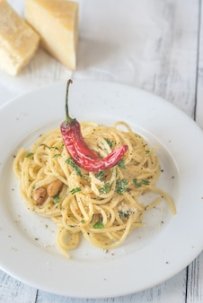 Spaghetti aglio olio en peperoncino