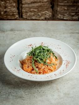 Spaghetti met garnalen en kruiden