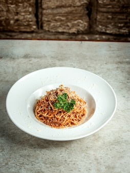 Spaghetti met gehakt en kruiden