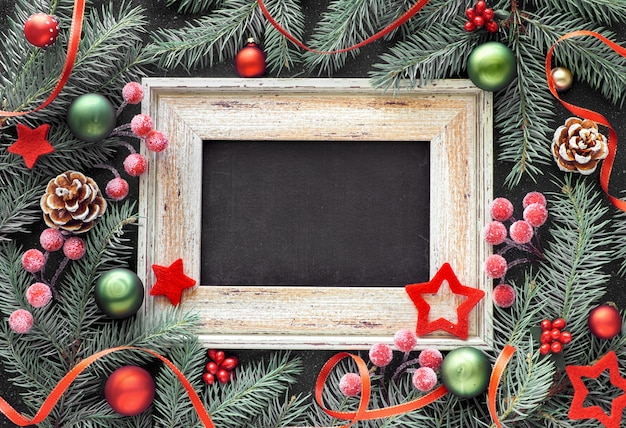 Spar takje versierd kerst frame met kerstballen