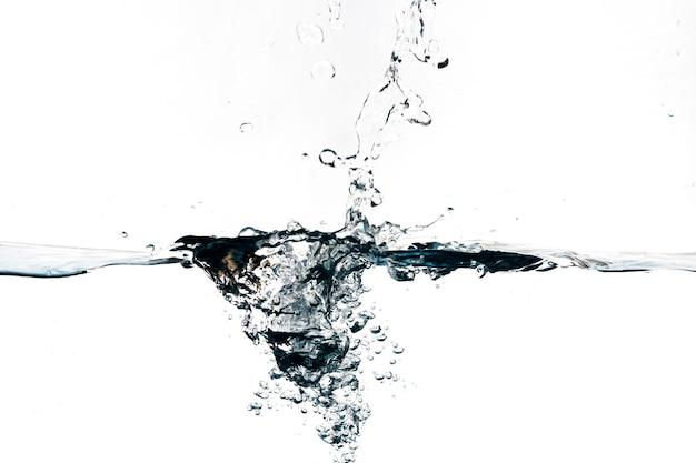 Spatwater van schoon water