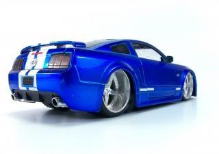 Speelgoed auto, beker