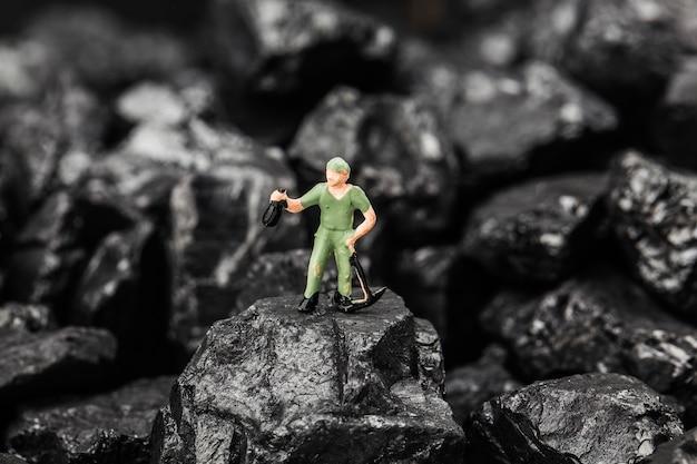 Speelgoedbeeldje gesimuleerde kolenwinning