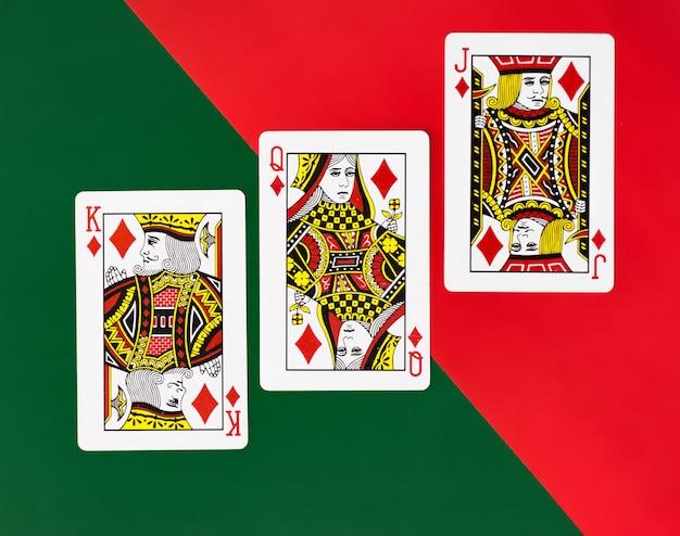 Speelkaarten volledige stapel met eenvoudige achtergrond casino poker