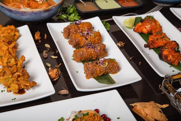 Spiesjes typisch voor de indiase keuken.