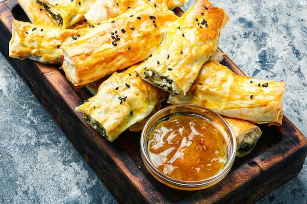 Spinazietaart of bakken