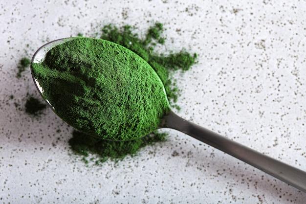 Spirulina poeder gezond voedingssupplement