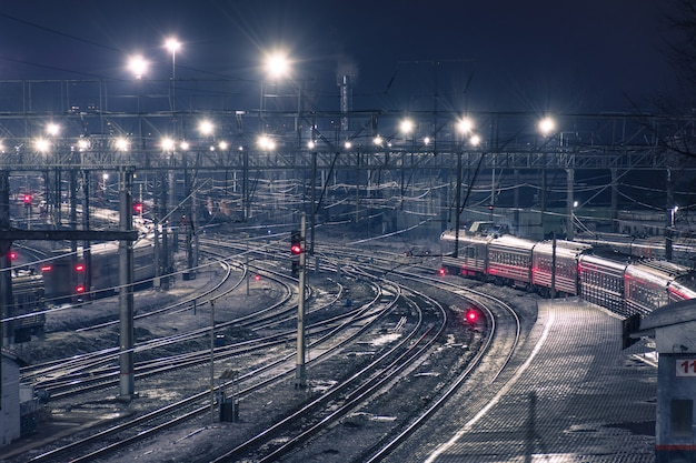 Spoorlijn nacht uitzicht