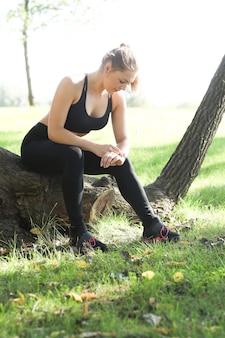 Sport buiten, meisje joggen, meisje joggen