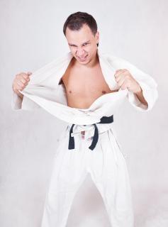 Sportman karate gezondheid