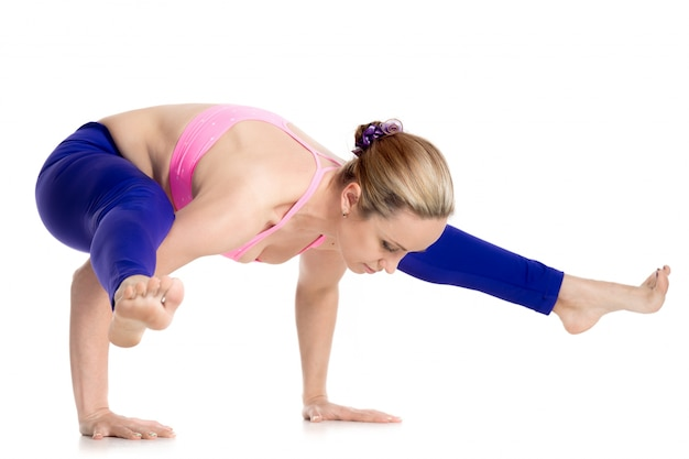 Sportvrouw nadruk op haar balans