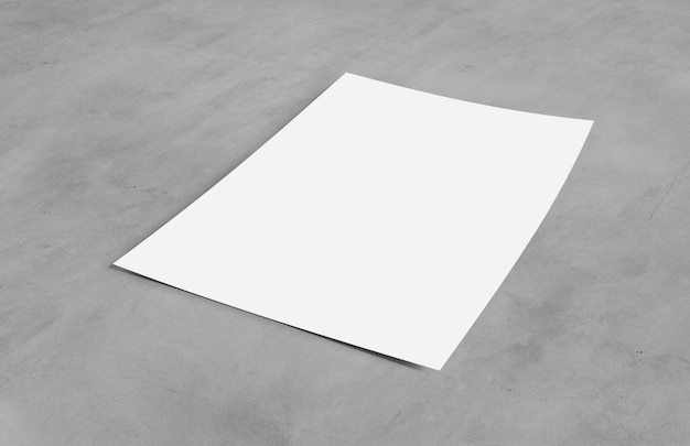 Spot omhoog van een blad van document dat op een achtergrond met schaduw wordt geïsoleerd - het 3d teruggeven