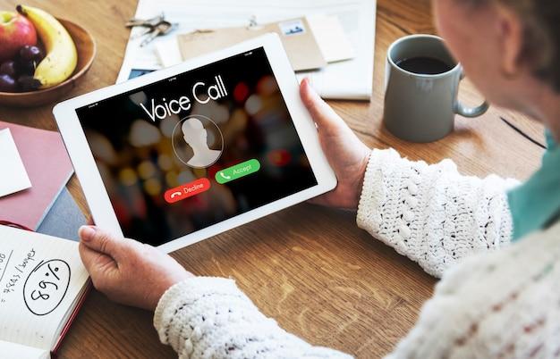 Spraakoproep communicatie connect concept