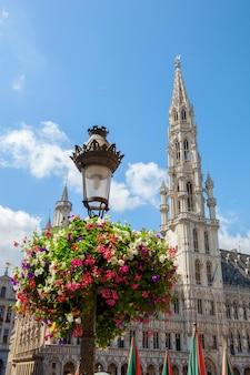 Stadhuisgebouw op de grote markt in brussel, belgië
