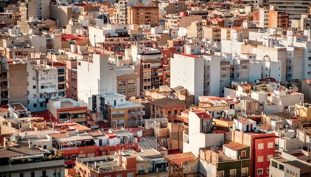 Stadsgezicht van een oude europese stad. vogelperspectief