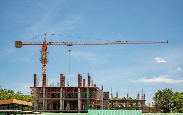 Stadsgezicht van gebouwen en constructies