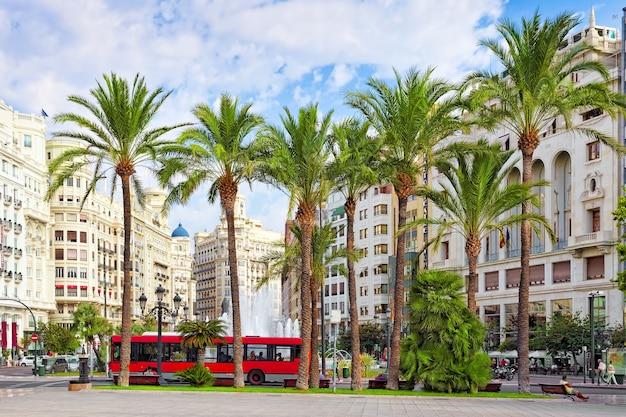 Stadsgezicht van valencia - derde bevolkingsstad in spanje.