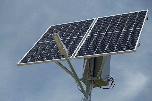 Stadsinnovatie zonne-straatlantaarn zonnepaneel voor het ontvangen van zonne-energie