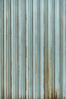 Stalen rustieke vintage roldeur. rustieke sluitertijd textuur.