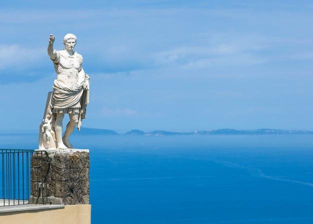 Standbeeld van augustus, anacapri, capri-eiland, italië
