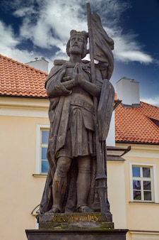 Standbeeld van sint wenceslas uit 1858 in praag, tsjechië