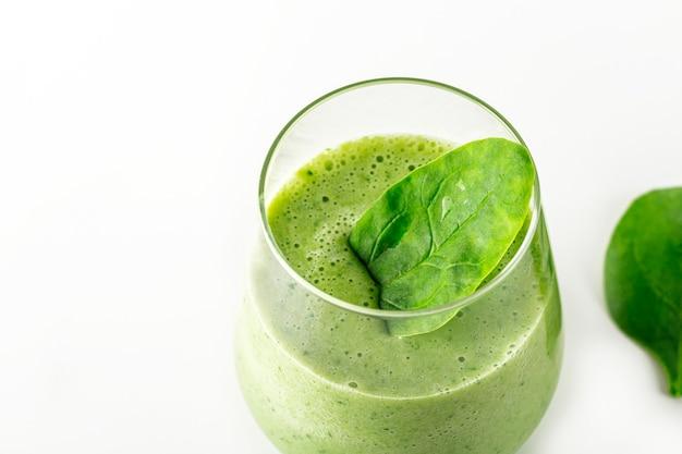 Stap voor stap groene smoothie recept smoothie