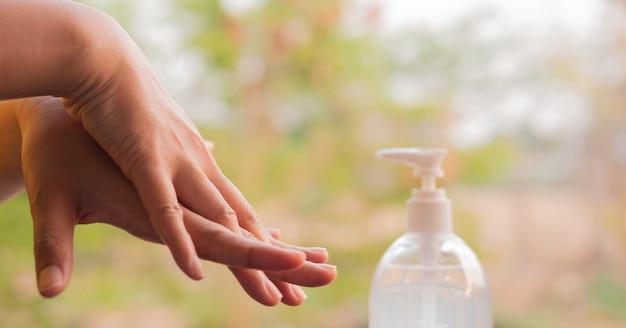 Stap voor stap procedure voor het goed wassen van de handen voor een goede desinfectie corona virusbescherming concept 2019.