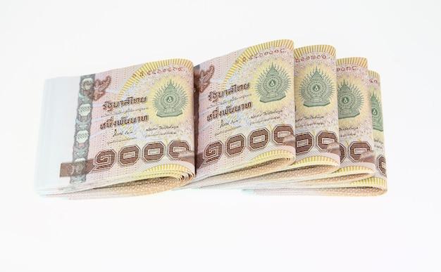 Stapel duizend thaise baht bankbiljetten achtergrond