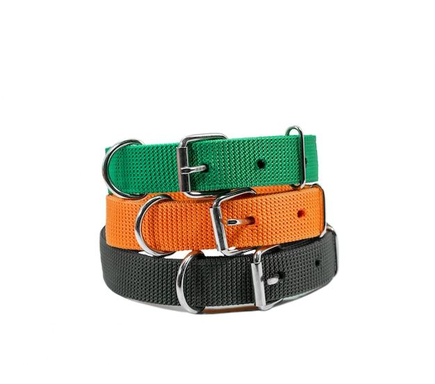 Stapel halsbanden voor huisdieren