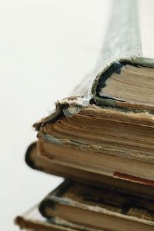 Stapel oude boeken, literatuurconcept