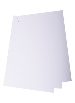 Stapel wit papier met paperclip