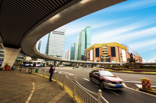 Stedelijke de bouwwolkenkrabbers in het financiële district van shanghai