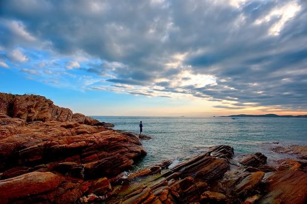 Steen en de zee