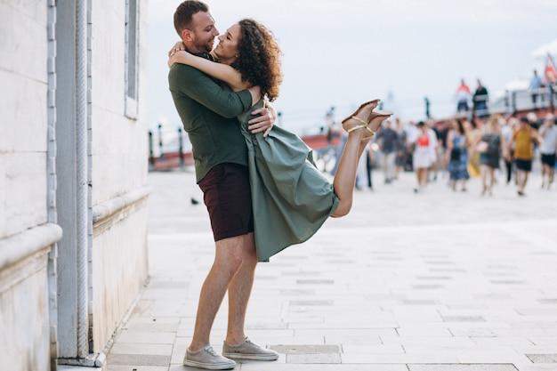 Stel op huwelijksreis in venetië