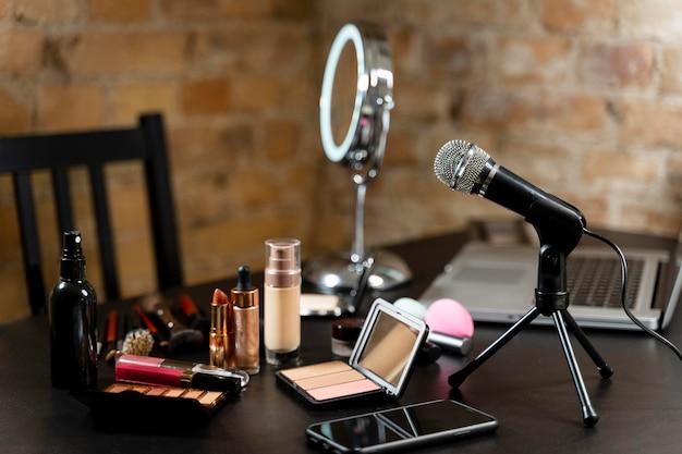 Stelletje cosmetica voor beautyvlogger