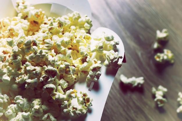 Stelletje popcorndoos
