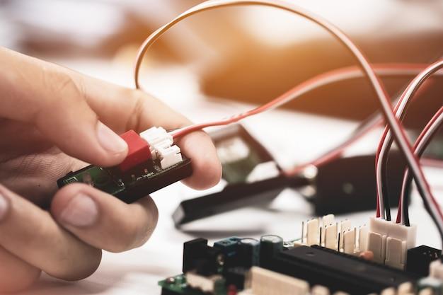 Stem education for learning, elektronisch bord voor programma door robotica-elektronica in laboratorium op school