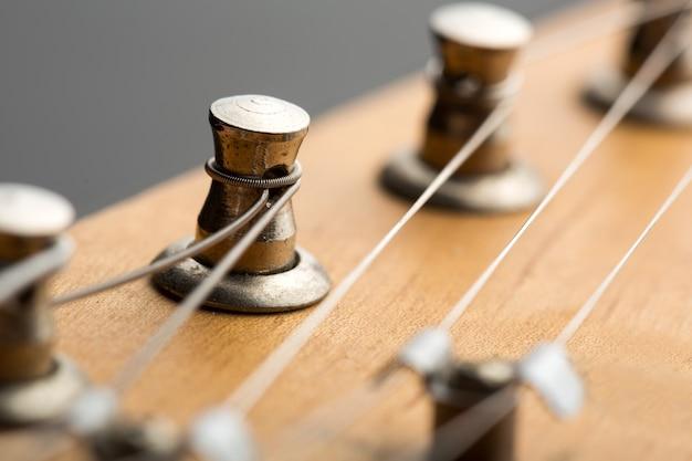 Stemmachines op elektrische gitaar