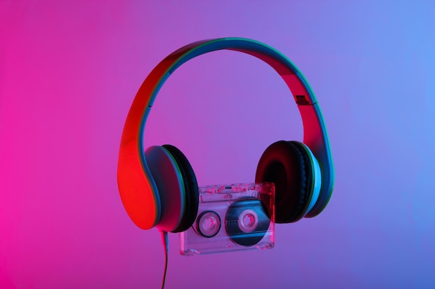 Stereo koptelefoon met audiocassette