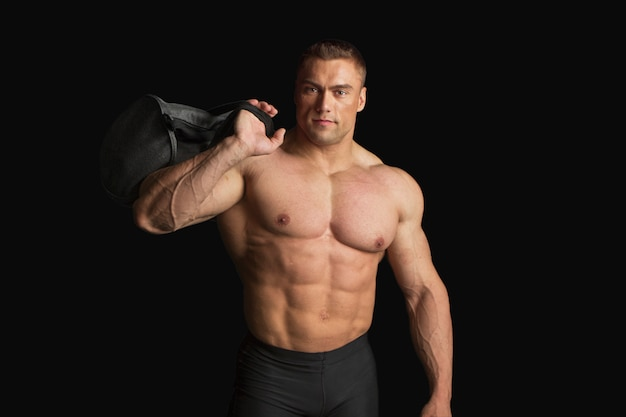 Sterke bodybuilder met sixpack