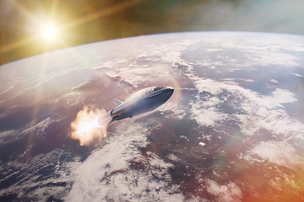 Sterrenschip vertrekt op een missie op de achtergrond van de planeet aarde