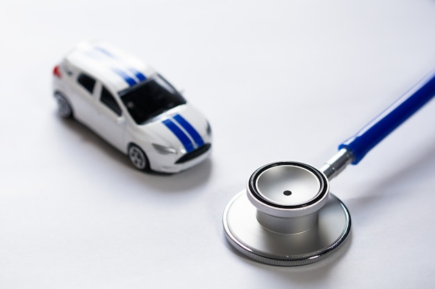 Stethoscoop met auto