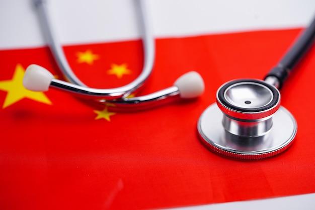 Stethoscoop met de vlag van china.