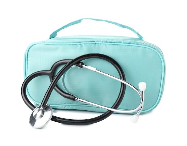 Stethoscoop met zak op witte achtergrond