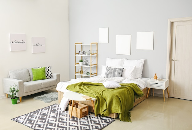 Stijlvol interieur van moderne slaapkamer