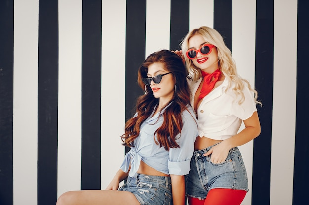 Stijlvolle pin-up girls