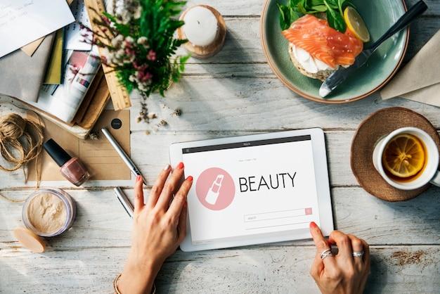 Stijlvolle schoonheidsvrouwen elegant genieten van concept