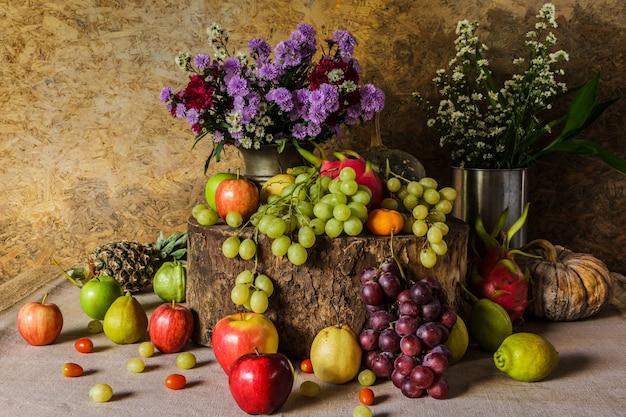 Stilleven met fruit.