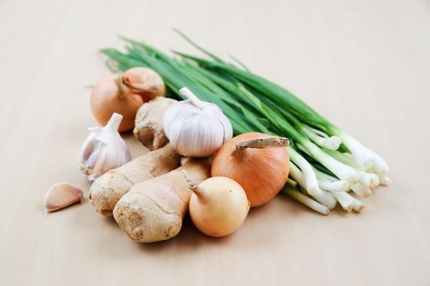 Stilleven met gezonde verse groenten