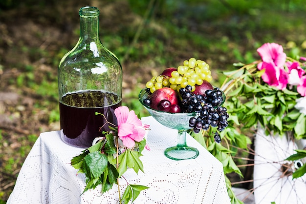 Stilleven van fruit, wijn